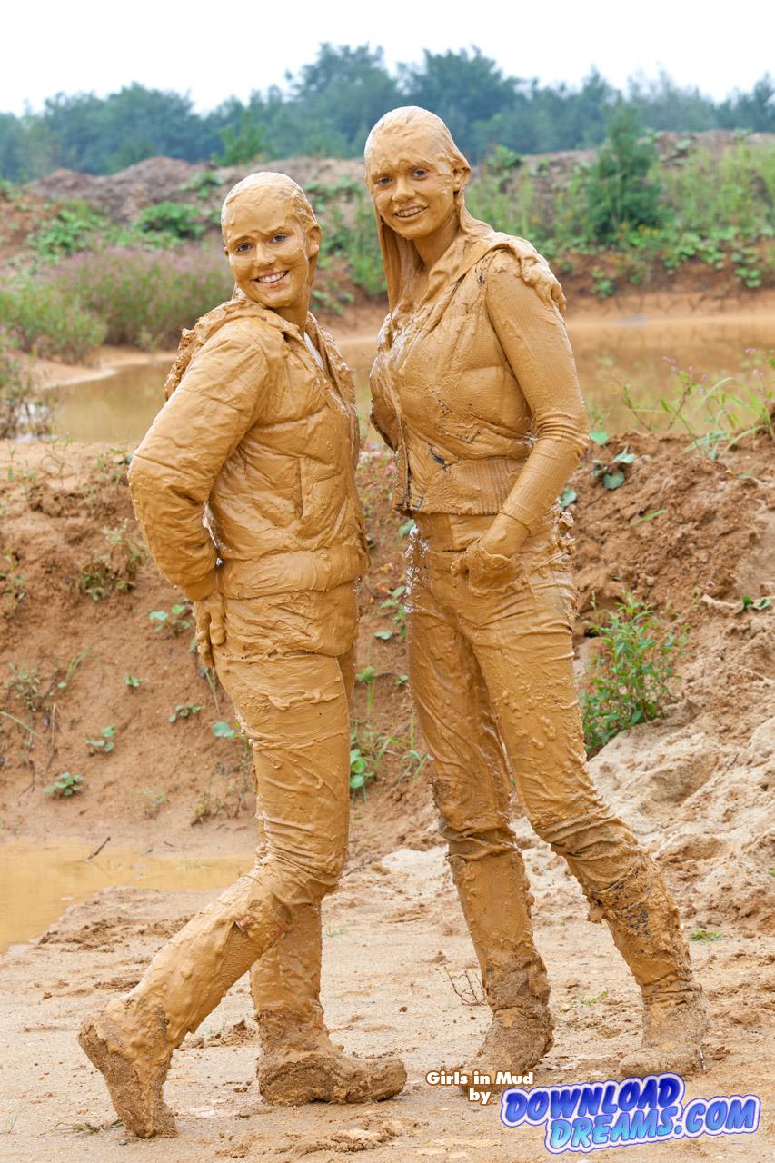wam muddy girl: