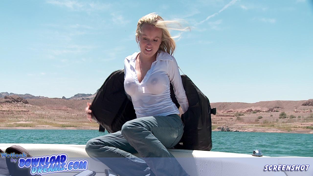 water ski hot babe