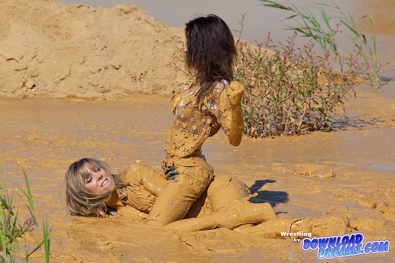 Русский секс в грязи, В грязи - бесплатное онлайн порно на сайте TopPorno 8 фотография